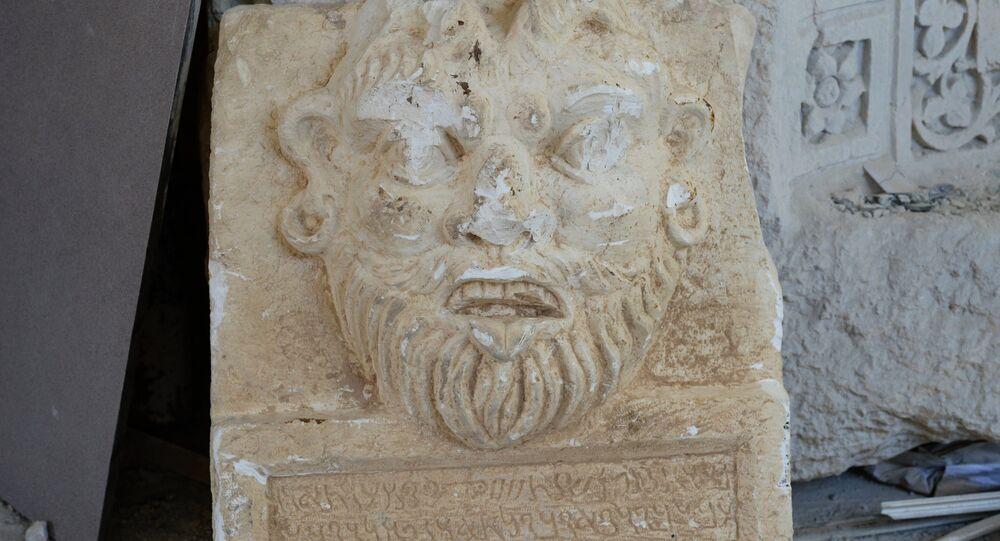 Une pièce du musée de Palmyre prise en photo après la libération de la ville du joug terroriste