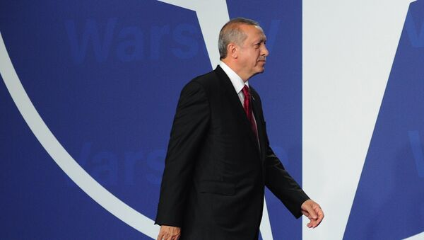 Recep Tayyip Erdogan, presidente de Turquía, en la cumbre de la OTAN en Varsovia (archivo) - Sputnik France