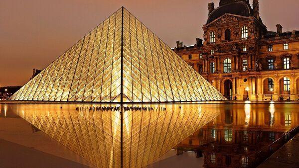 Le Louvre à Paris - Sputnik France