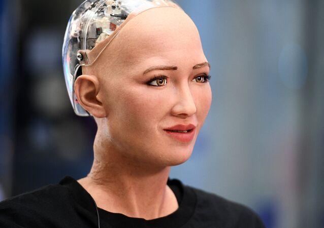 La robot-femme humanoïde Sophia