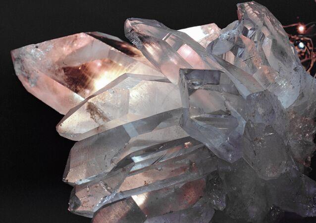 Cristal de roche (image d'illustration)