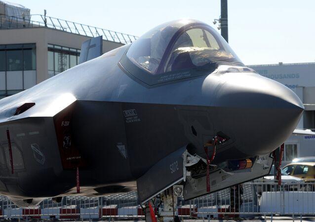 Un Lockheed Martin F-35 Lightning II
