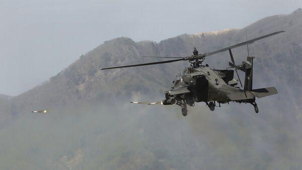 Un hélicopter Apache  - Sputnik France