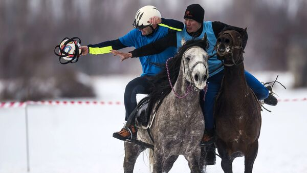 Compétitions de horseball au Kirghizistan - Sputnik France