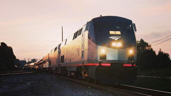 Un train de la compagnie ferroviaire Amtrak (image d'illustration) - Sputnik France