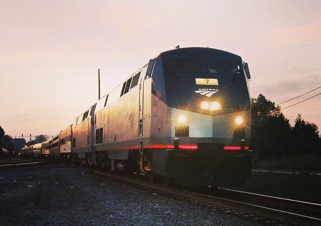 Un tren de la empresa ferroviaria estadounidense Amtrak (imagen referencial)