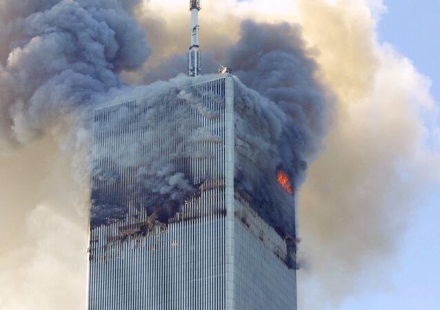 Le bâtiment du World Trade Center à New York après l'attaque 9/11