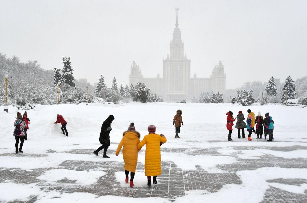 Chute de neige exceptionnelle à Moscou