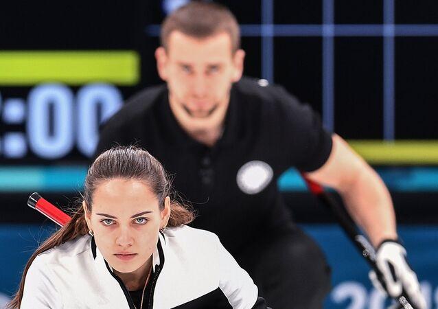 Anastasia Bryzgalova et Aleksandr Krushelnitckii