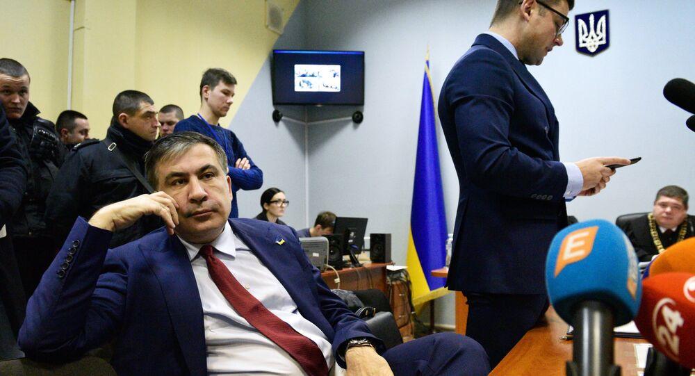 Mikhaïl Saakachvili pendant une audience d'un tribunal de Kiev