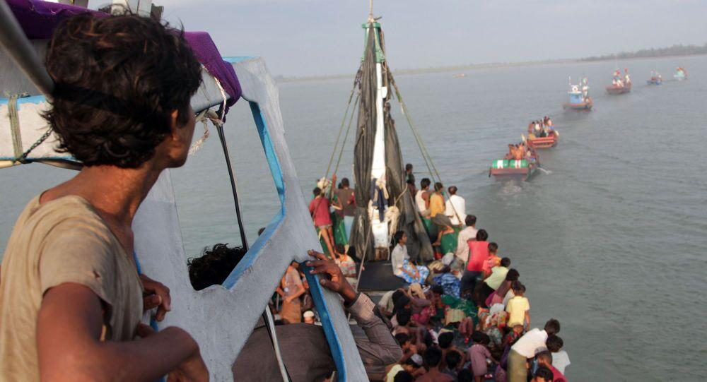 Les navires de l'espoir où les migrants arrivent en Italie