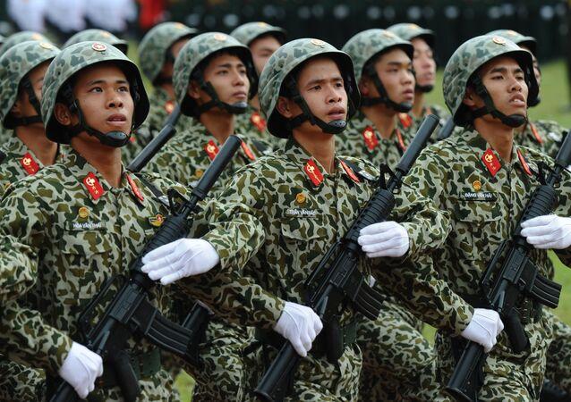 Soldats vietnamiens