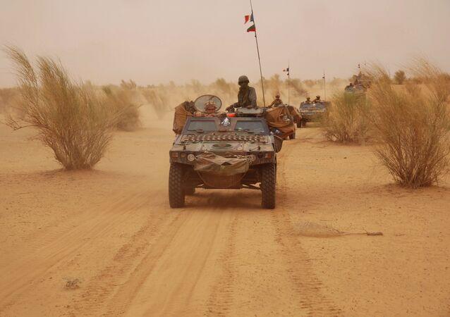Une patrouille française dans le nord du Mali