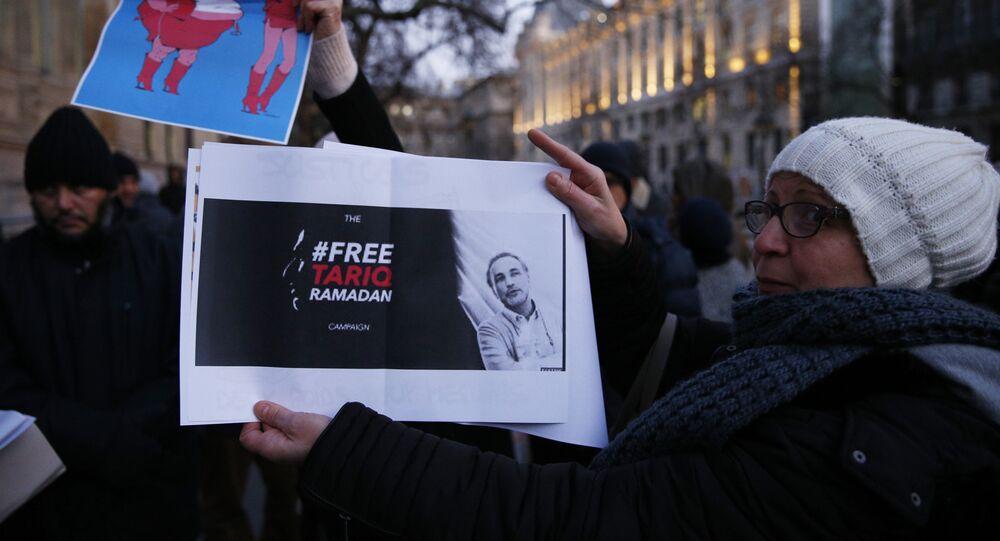 protestations contre l'emprisonnement de M. Tariq Ramadan