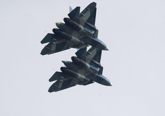 Des chasseurs russes de 5e génération Su-57 (image d'illustration)