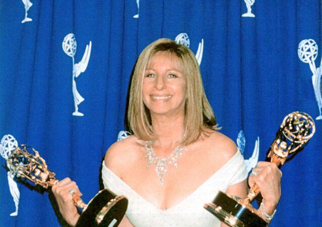 Barbra Streisand (archives)