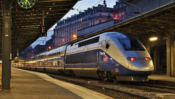 Un tren de SNCF - Sputnik France