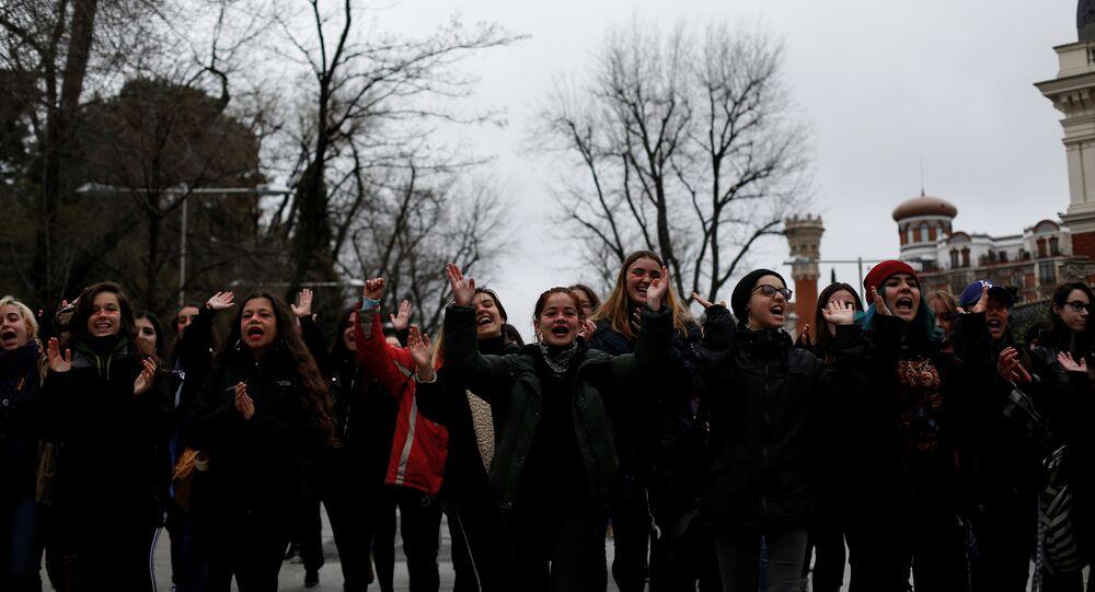 Une manifestation organisée à Madrid pendant la grève féministe générale en Espagne, 8 mars 2018
