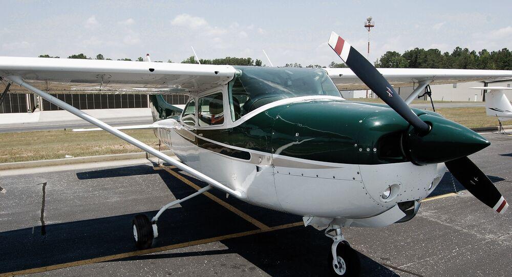 Un avion léger Cessna