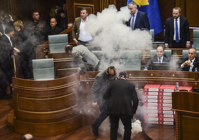 Au parlement du Kosovo