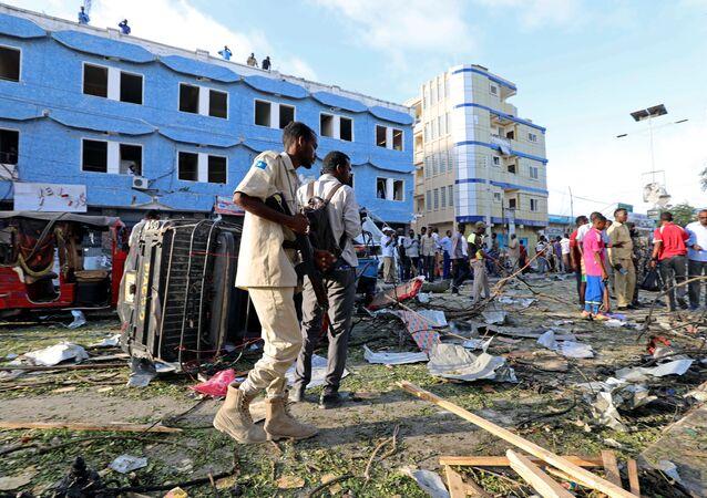 Une forte explosion retentit à proximité d'un hôtel à Mogadiscio, des victimes