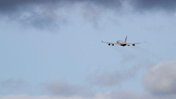 L'avion transportant les diplomates russes expulsés du Royaume-Uni - Sputnik France