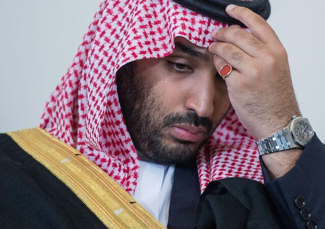 Le 18 juin 2015. Le successeur du prince héritier en Arabie Saoudite, le ministre de la défense Mohammed bin Salman, avant sa rencontre avec le président russe Vladimir Poutine à Saint-Pétersbourg.