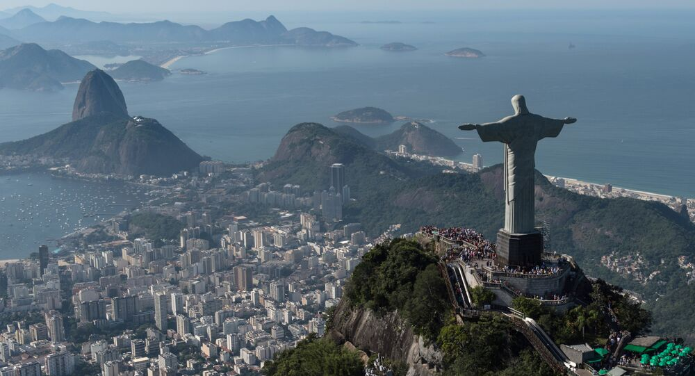 La statue du Christ Rédempteur à Rio de Janerio au Brésil, le 26 juin 2014