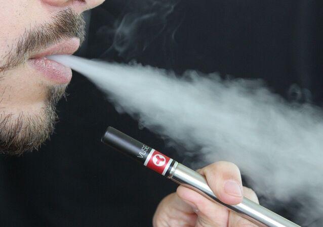 Un fumeur (image d'illustration)