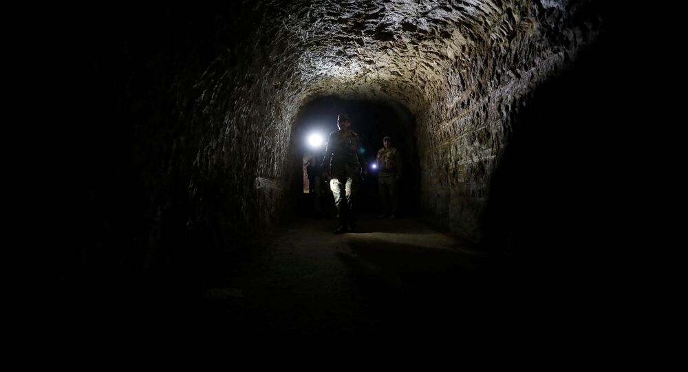 Tunnel souterrain à Jobar