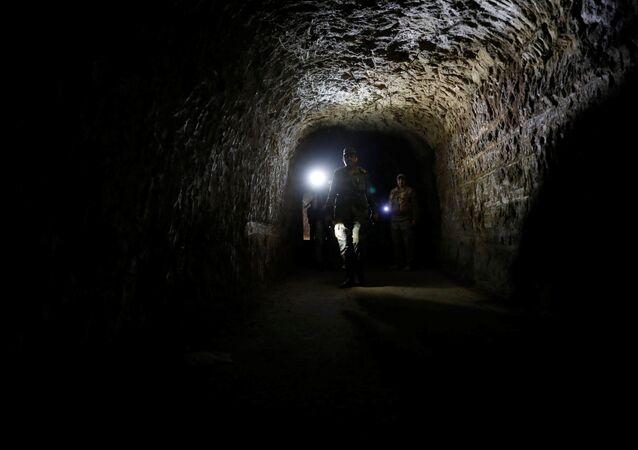 Tunnel dans la Ghouta orientale