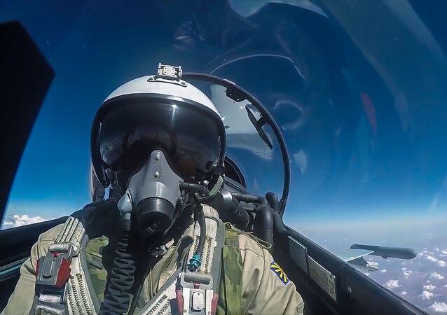 Un pilote des Troupes aérospatiales russes lors d'une mission de combat