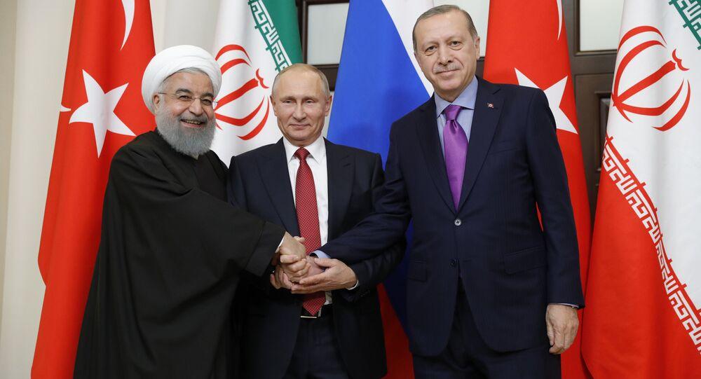 Les Présidents russe, turc et iranien, Vladimir Poutine, Recep Tayyip Erdogan et Hassan Rohani