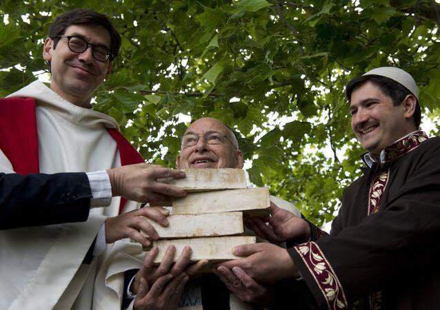 Le pasteur Gregor Hohberg, le rabbin Tovia Ben-Chorin et l'imam Kadir Sanci à Berlin