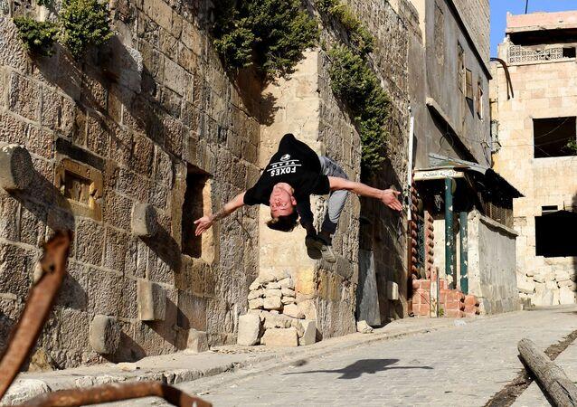 Parkour sur les ruines d'Alep