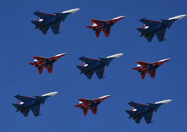 Répétition de la partie aérienne du défilé de la Victoire