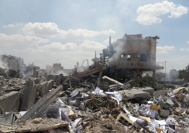 La coalition internationale a frappé la Syrie,14 avril 2018