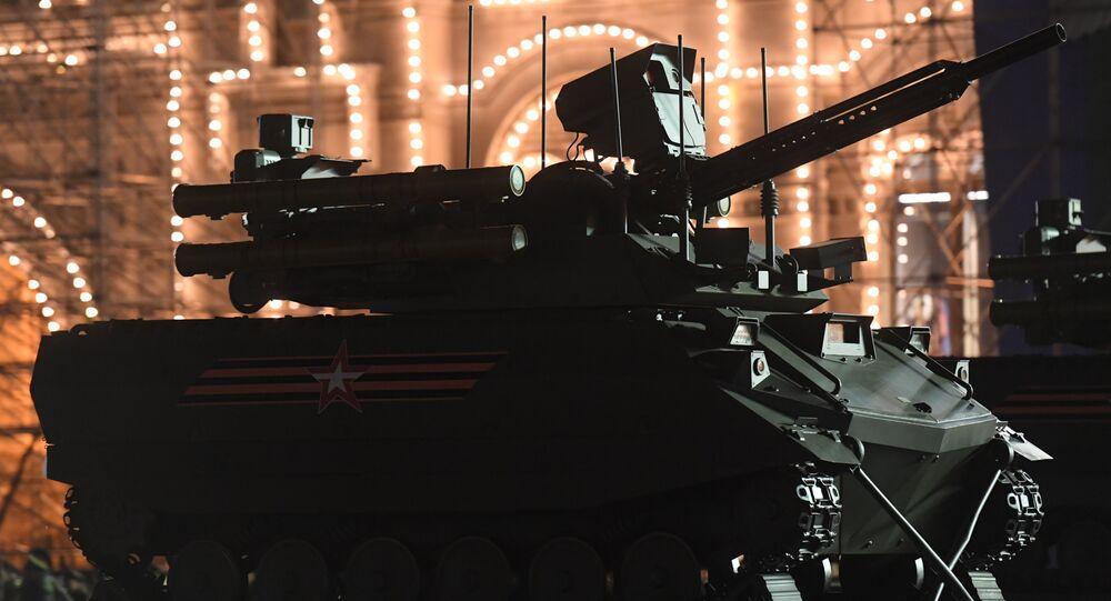 Un robot-militaire Uran-9