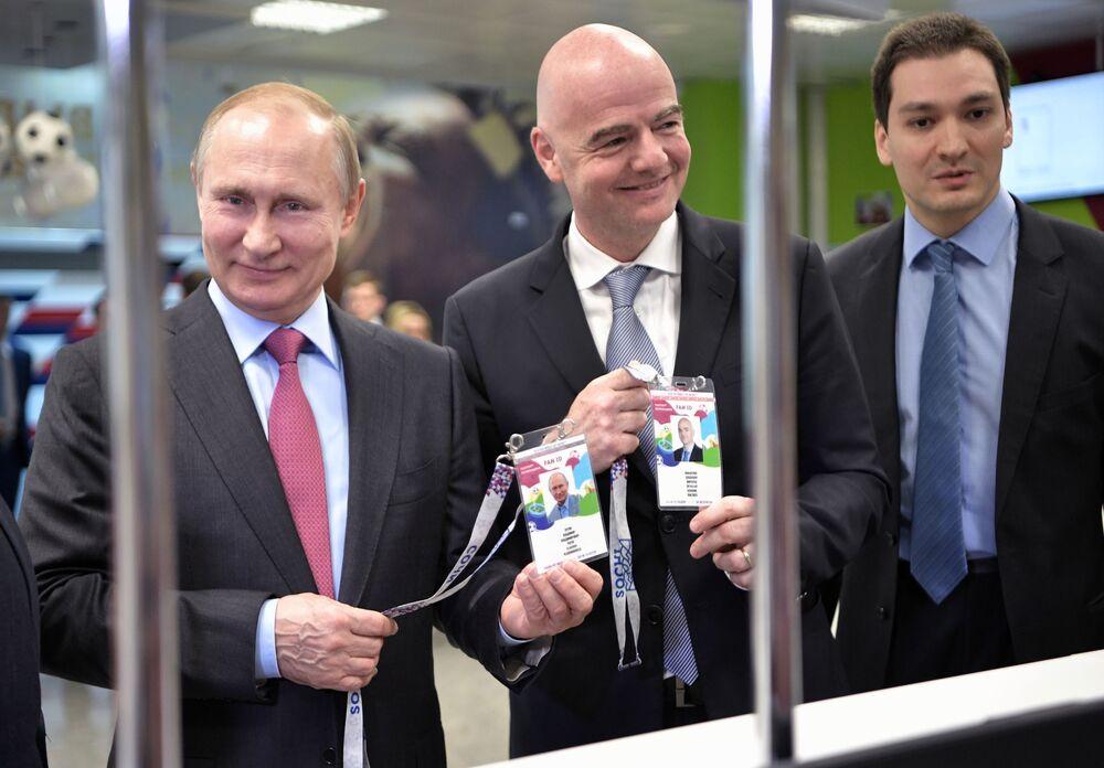 Poutine a reçu le passeport du supporter