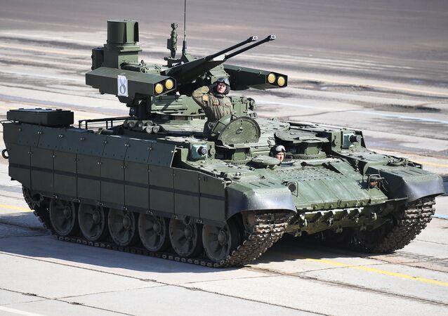 Véhicule blindé de soutien des chars Terminator