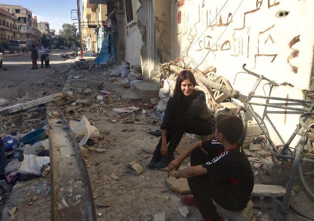 Carla Ortiz, actrice et réalisatrice bolivienne, en Syrie