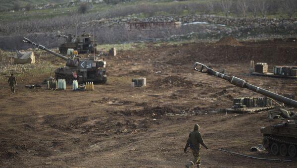 Des soldats israéliens sur le plateau du Golan - Sputnik France