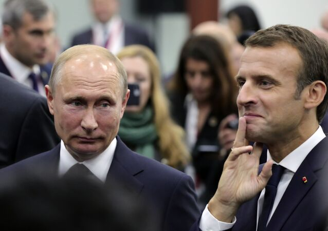 Macron et Poutine au Forum économique international de Saint-Pétersbourg 2018