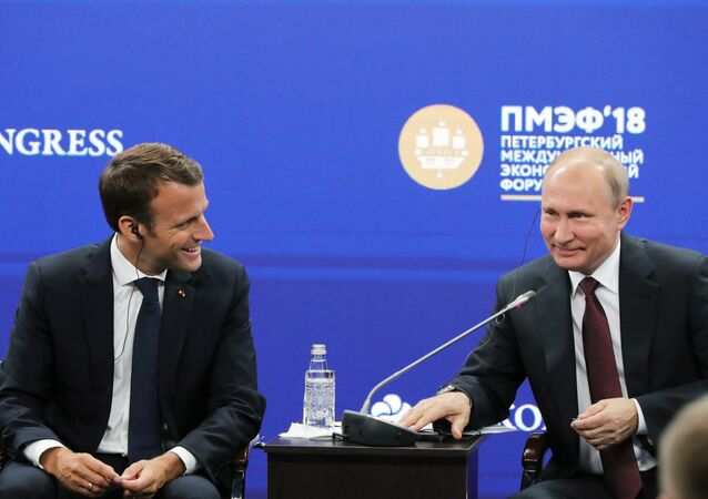 Poutine et Macron au Forum économique international de Saint-Pétersbourg 2018