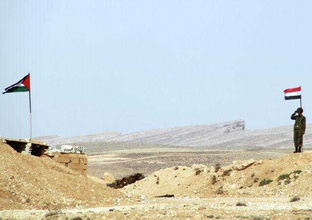Un poste de contrôle syrien à la frontière avec le Liban