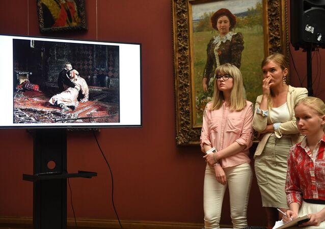 Брифинг по поводу повреждения картины И. Репина в Третьяковской галерее