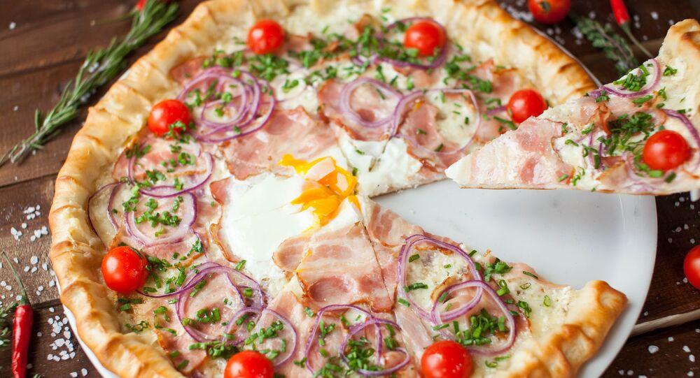 Pizza Le Colisée au café-pizzeria Peperoncino