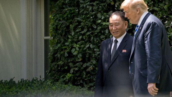 Donald Trump et Kim Yong-chol à la Maison-Blanche - Sputnik France