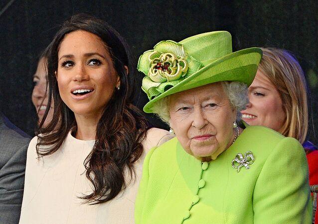 La reine Elizabeth II et Meghan