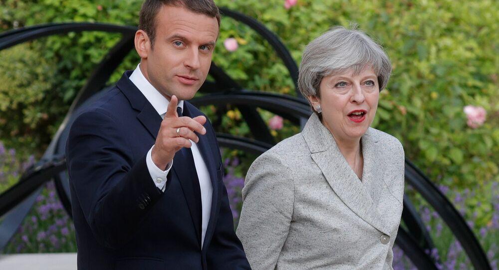 Le Président français Emmanuel Macron et la Première ministre britannique Theresa May